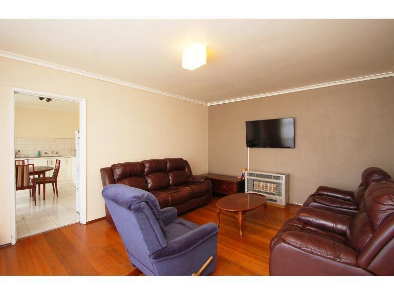 6 Guildford Avenue, Coolaroo, Vic 3048
