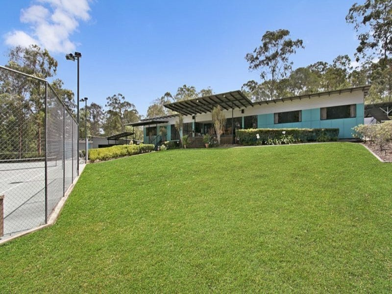 82 Layfield Road, Anstead, Qld 4070