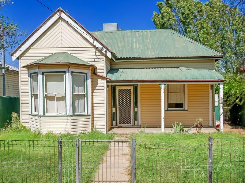 10 Narradhun Street, Whitton, NSW 2705
