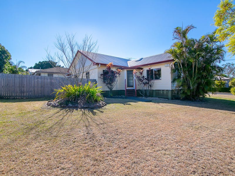 4 Ruskin Street, Eastern Heights, Qld 4305