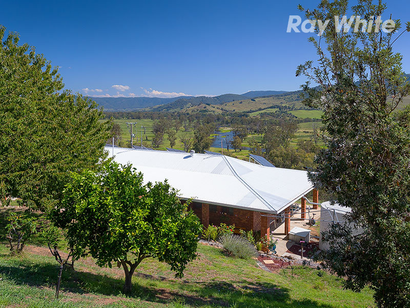 293 Yabba Road, Tallangatta, Vic 3700