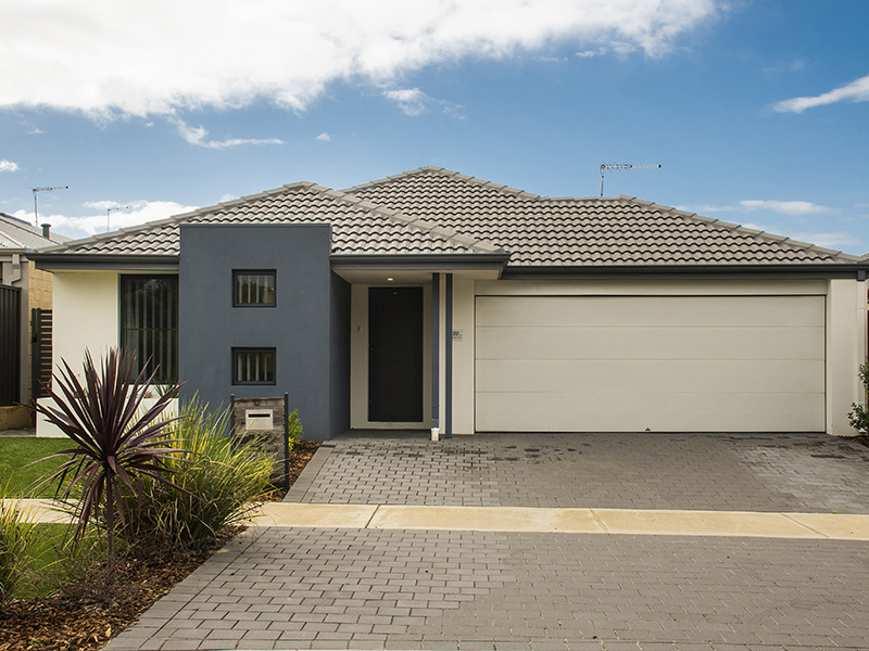 22 Holdsworth Ave, Aveley