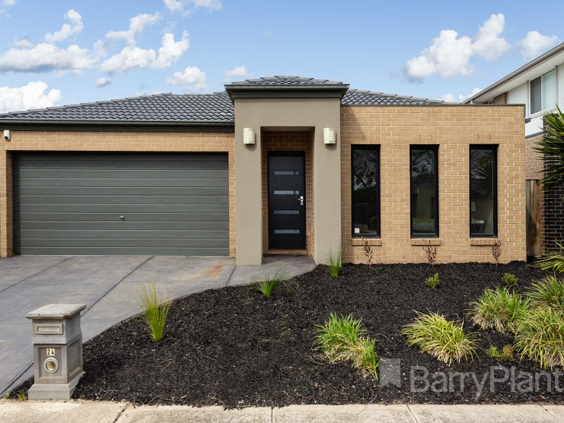 24 Waves Drive, Point Cook, Vic 3030