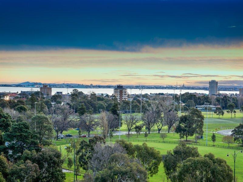 804.83 Queens Rd, Melbourne, Vic 3004