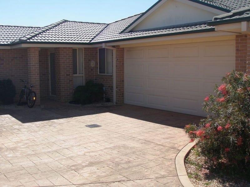 2/3 Cooloon Avenue, Harrington, NSW 2427