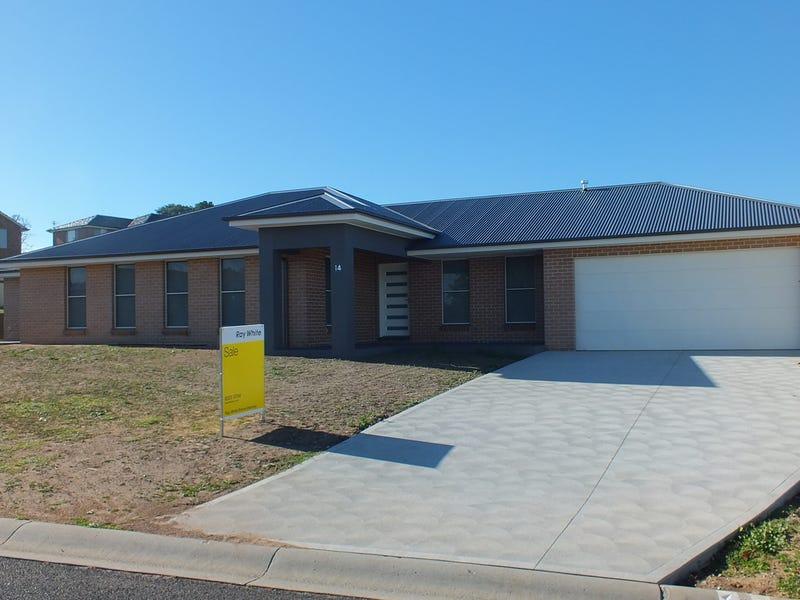 14 Tweed Parade, Kelso, NSW 2795