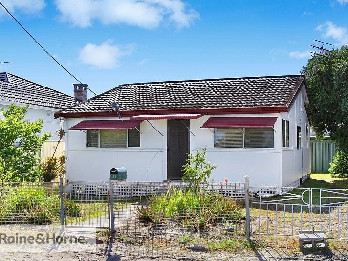 38 Pacific Avenue, Ettalong Beach, NSW 2257