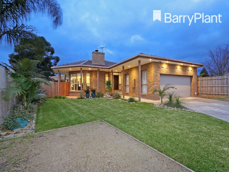 72 Lakesfield Drive, Lysterfield, Vic 3156