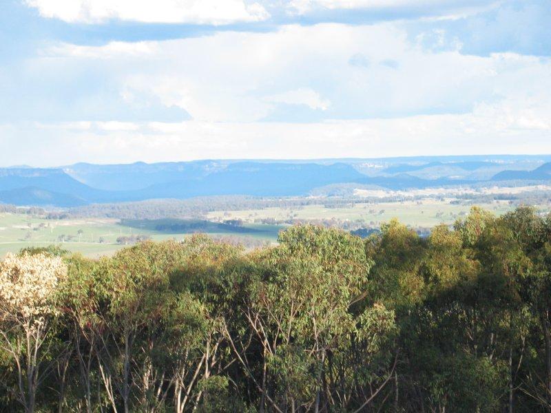 5964 Castlereagh Highway, Running Stream, NSW 2850