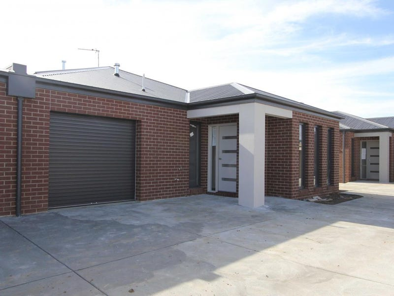 2/8 Lake Street, Wendouree, Vic 3355