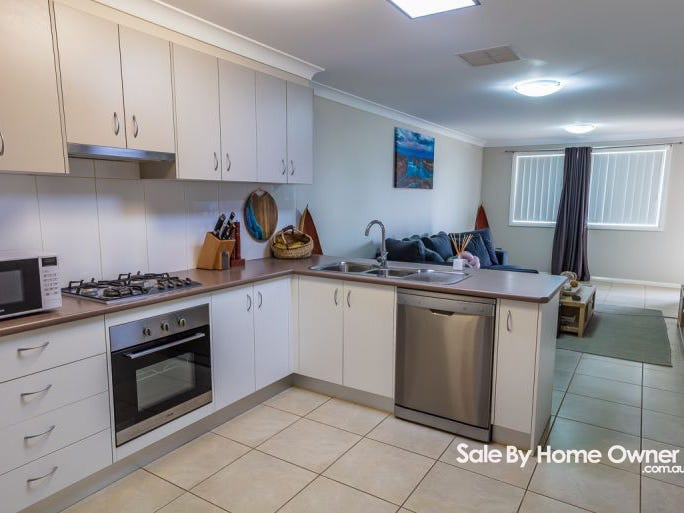 8A Lake Place, North Tamworth, NSW 2340