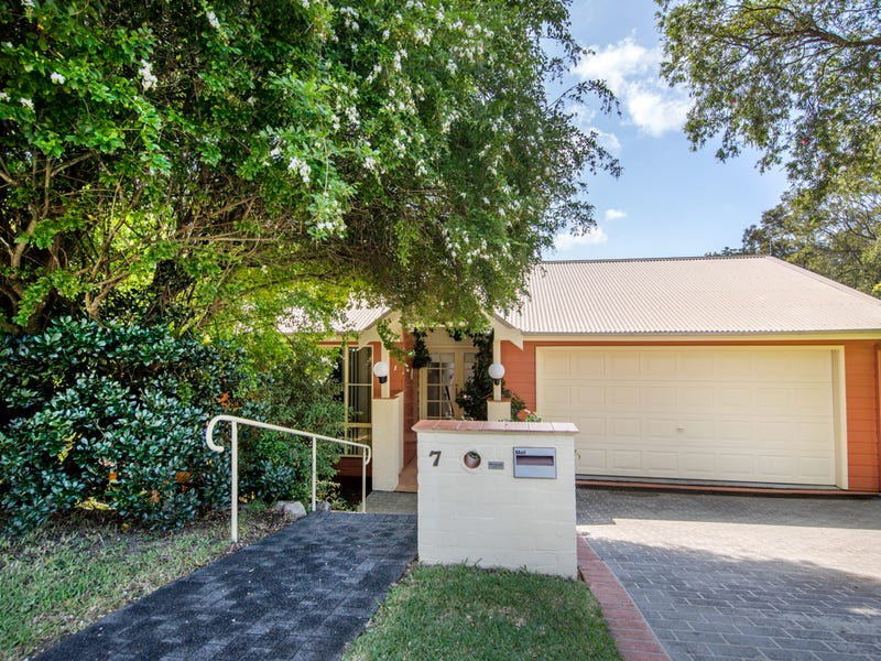 7 Fernleigh Place, New Lambton Heights, NSW 2305