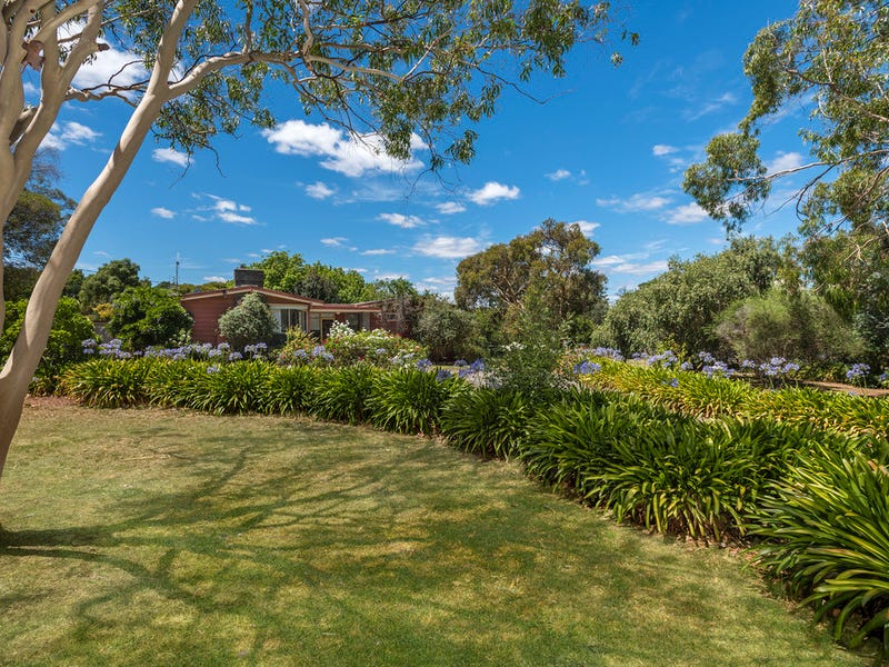 23 Newstead Road, Maldon, Vic 3463