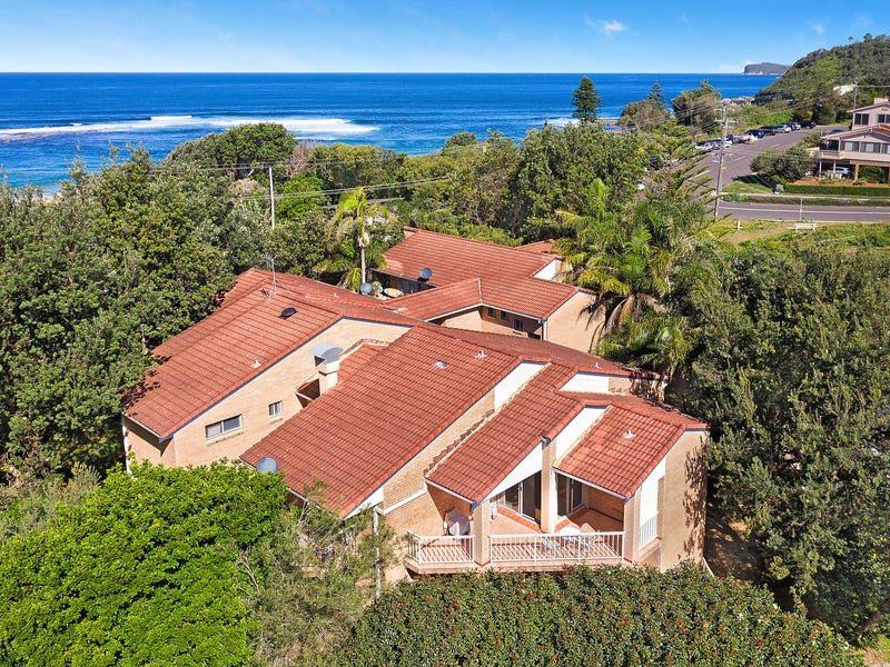 1/2 Bluewave Crescent, Forresters Beach, NSW 2260
