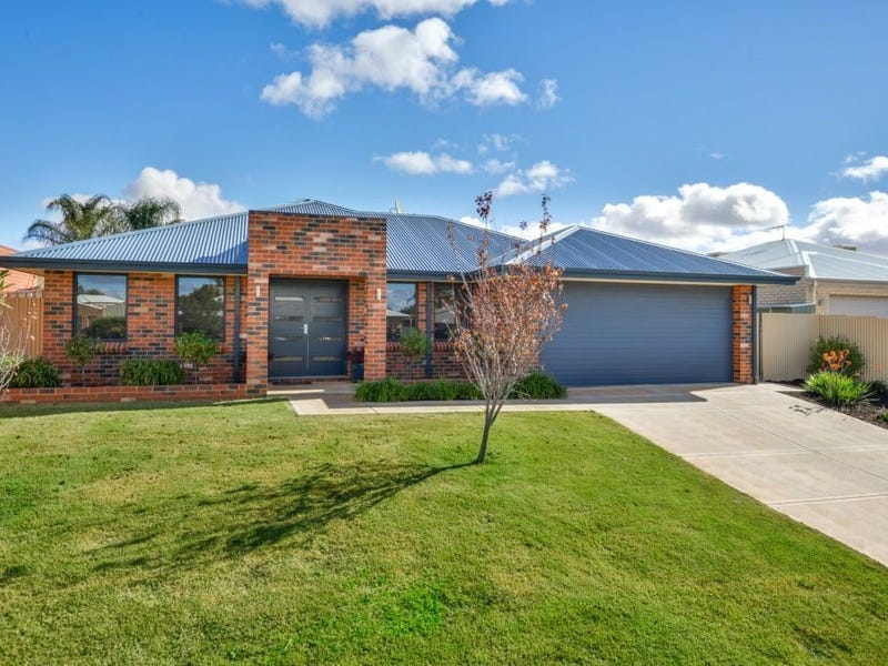 23 Riverina Way, Hannans, WA 6430
