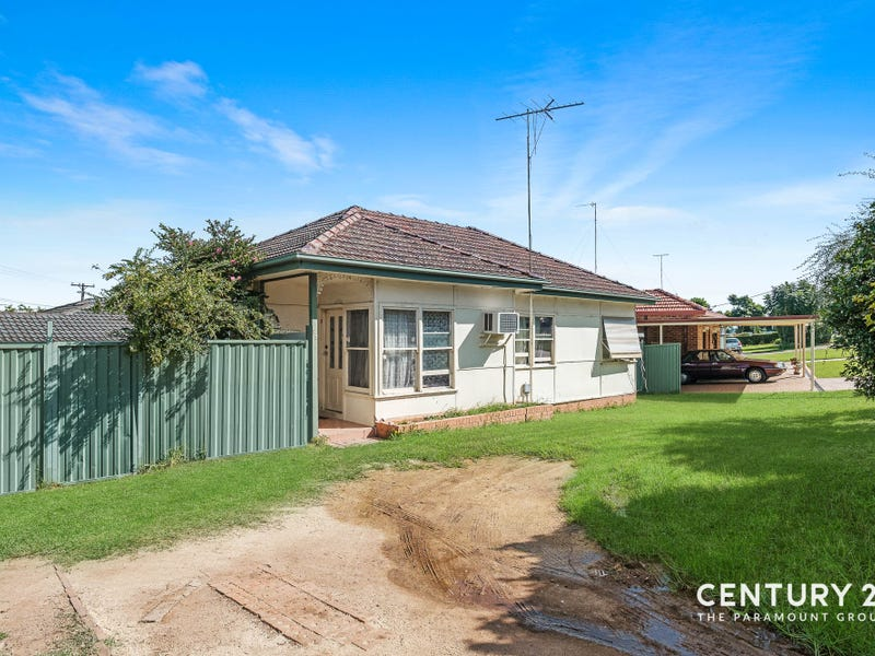 53 Grandview Drive, Campbelltown, NSW 2560