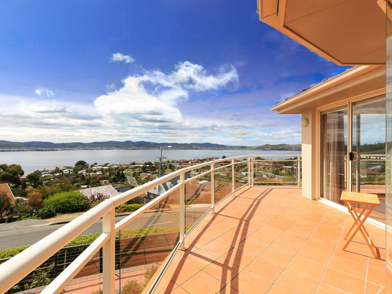 480 Churchill Avenue, Sandy Bay, Tas 7005