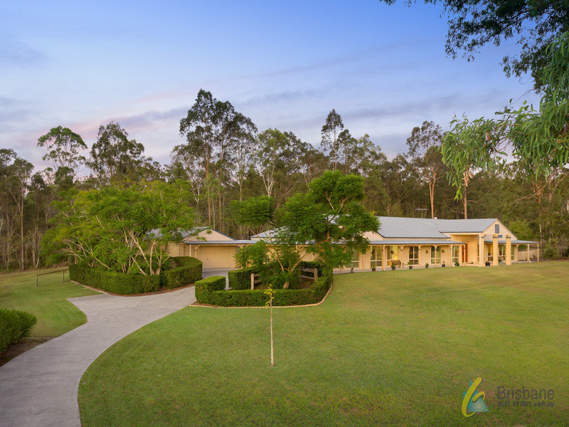 18 Castlereagh Place, Anstead, Qld 4070