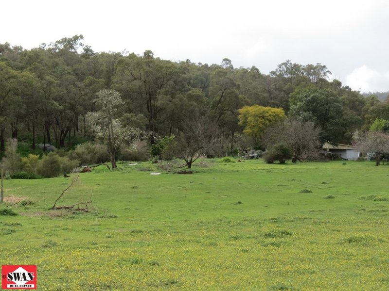 Address available on request, Hovea, WA 6071