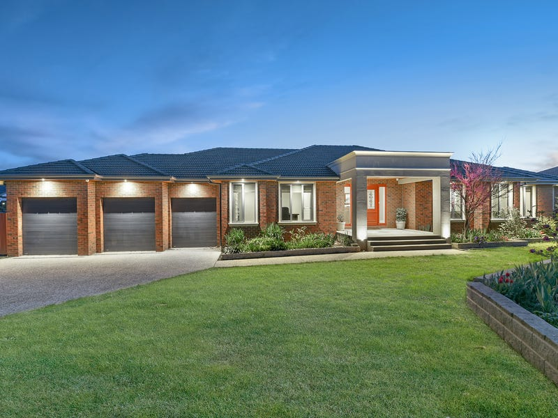 9 Holly Green Court, Narre Warren North, Vic 3804