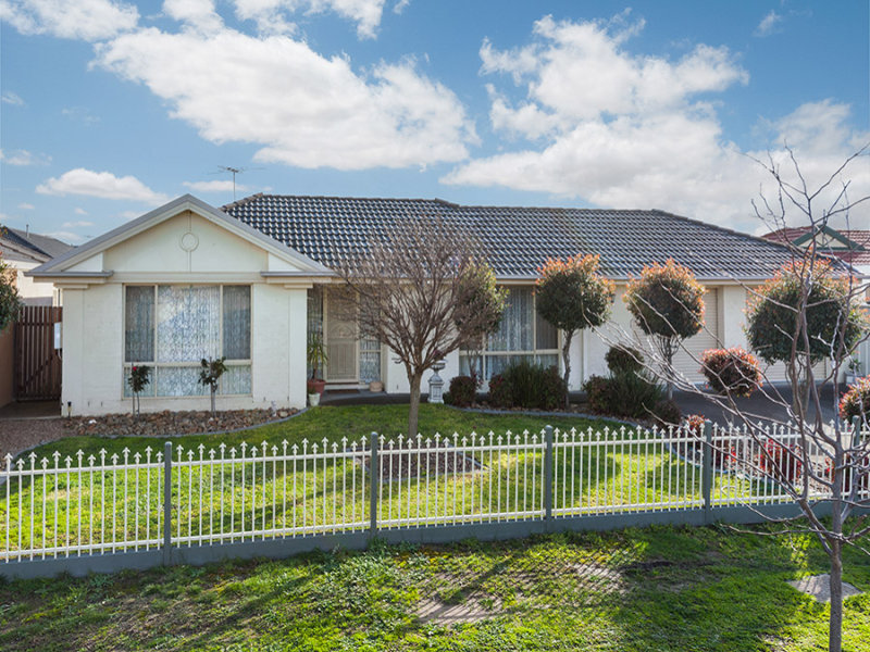 30 Mulberry Pass, Craigieburn, Vic 3064
