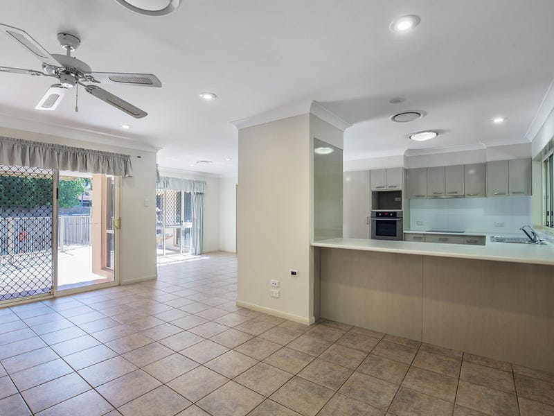 6 Lee Anne Crescent, Helensvale, Qld 4212