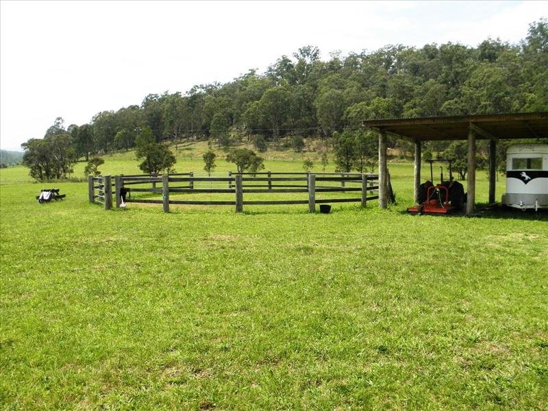 66 Dry Arm Track, Wollombi, NSW 2325
