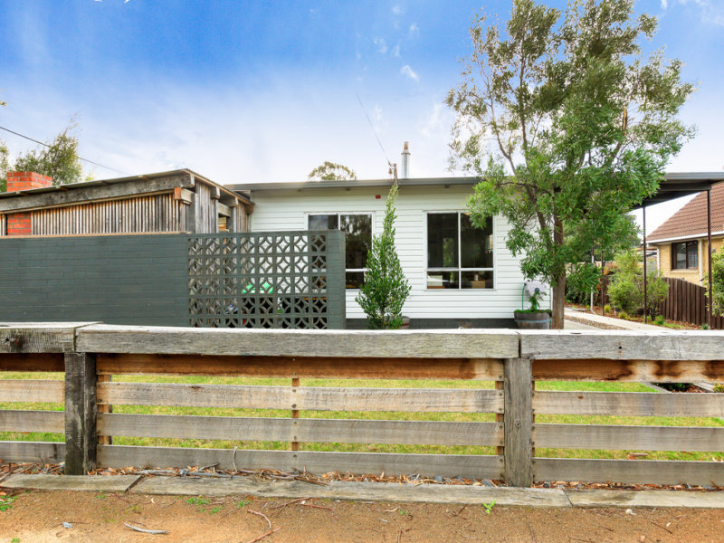 35 Sunways Avenue, Seven Mile Beach, Tas 7170