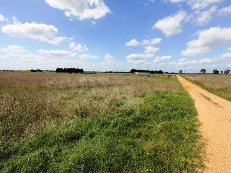 1 McKinnons Road, Tinamba, Vic 3859