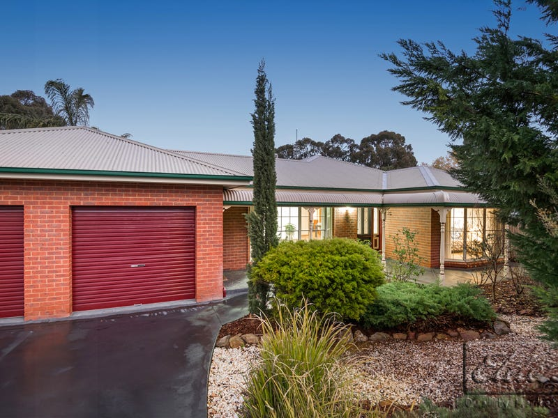 2 Ironbark Court, Kennington, Vic 3550