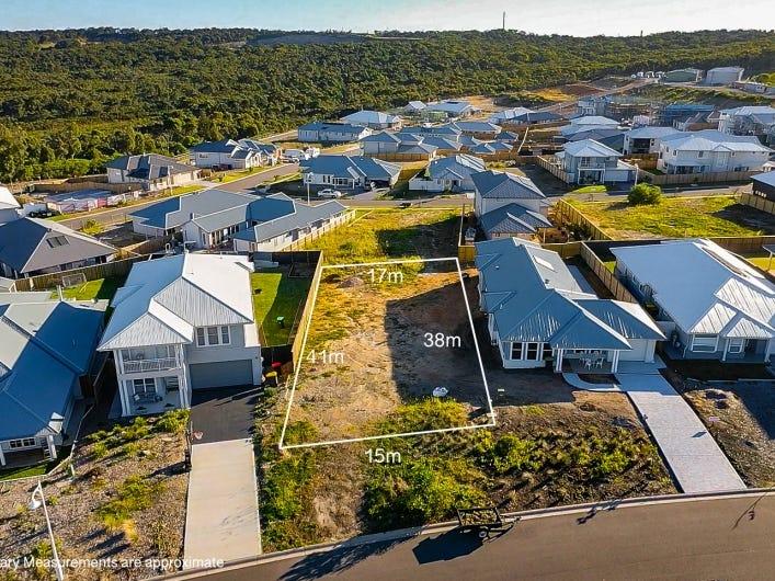 12  Sunnyspot Boulevard, Catherine Hill Bay, NSW 2281