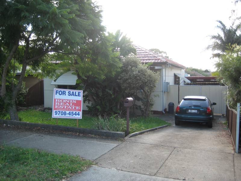 49 Highview Avenue, Greenacre, NSW 2190