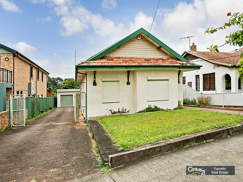 26 Narani Crescent, Earlwood, NSW 2206
