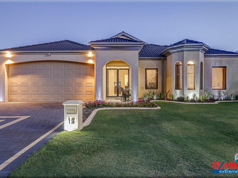 12 Kilgetty Gate, Butler, WA 6036