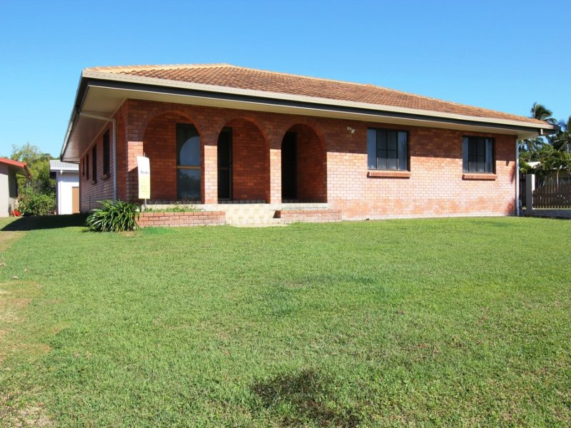 160 Patterson Pde, Lucinda, Qld 4850