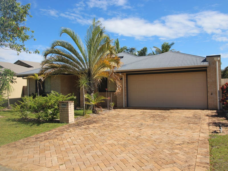 27 Corrimal Place, Sandstone Point, Qld 4511