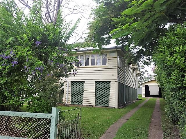 35 Green street, Booval, Qld 4304