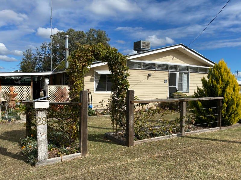 28 Mingoola Road, Texas, Qld 4385