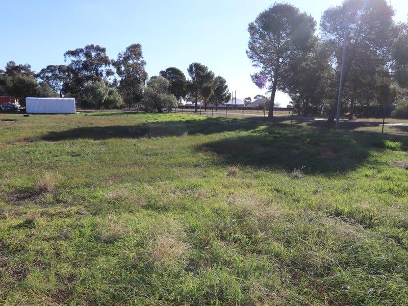 44 Robertson Street, Barmedman, NSW 2668