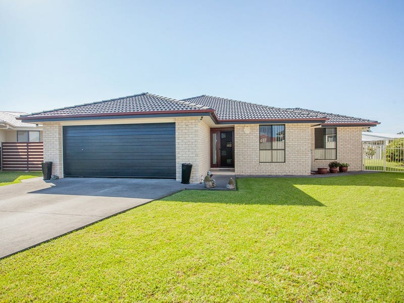 7 Curlew Place, Old Bar, NSW 2430