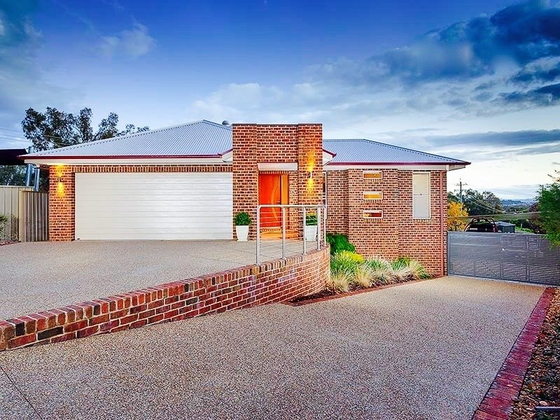 4 Myall Place, Thurgoona, NSW 2640
