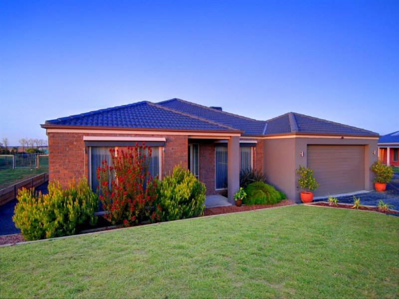 27 Windermere Way, Windermere, Vic 3352