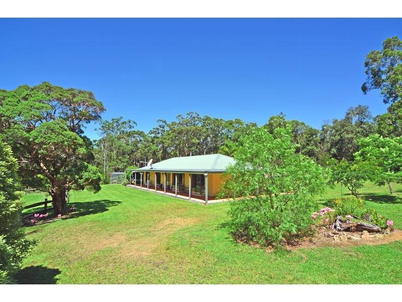 127 Sinclair Road, Falls Creek, NSW 2540