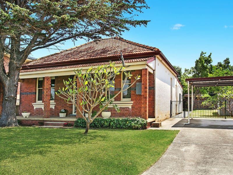 7 Waterview Street, Carlton, NSW 2218