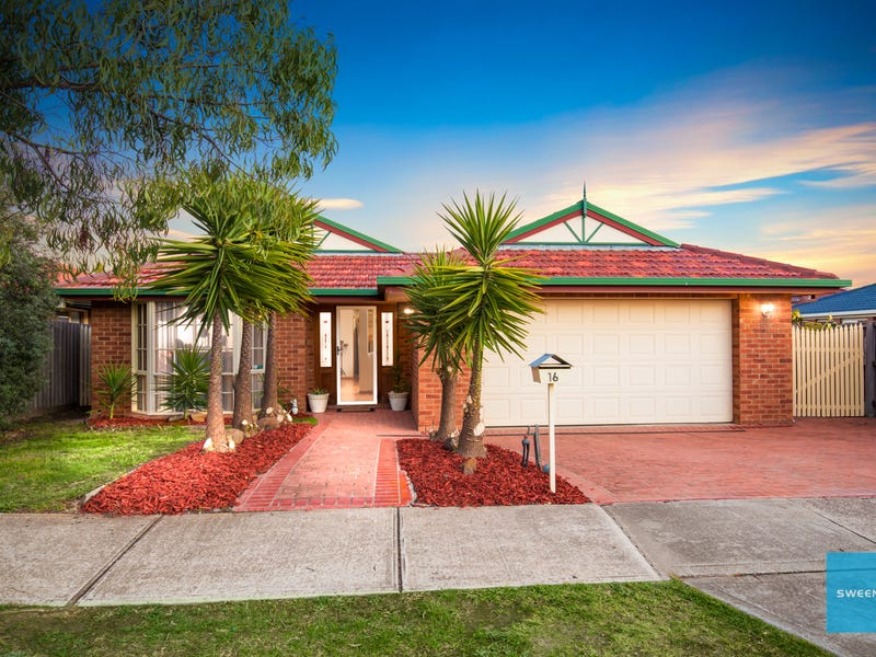 16 Tormorvey Avenue, Hillside, Vic 3037