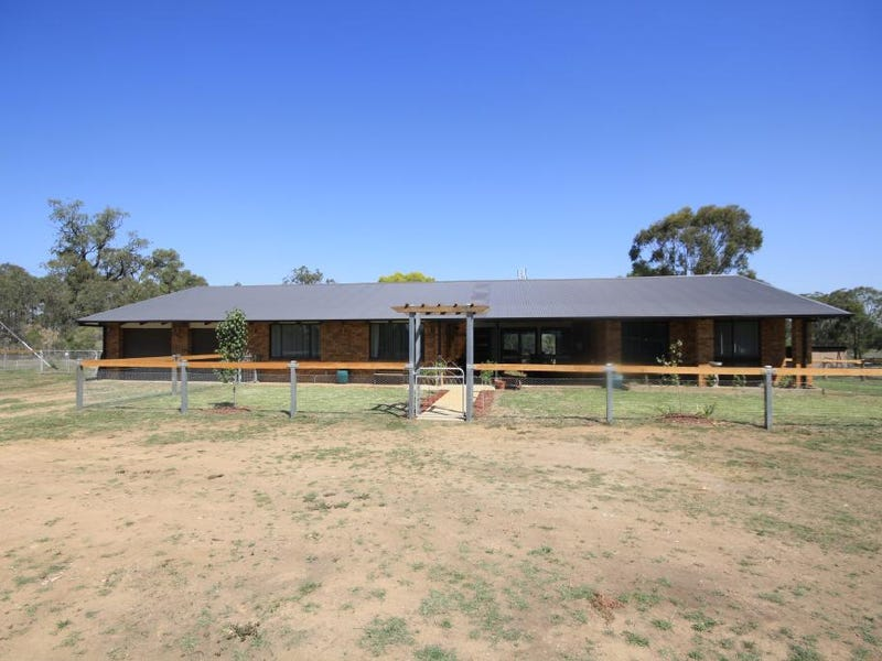 8571 New England Highway, Muswellbrook