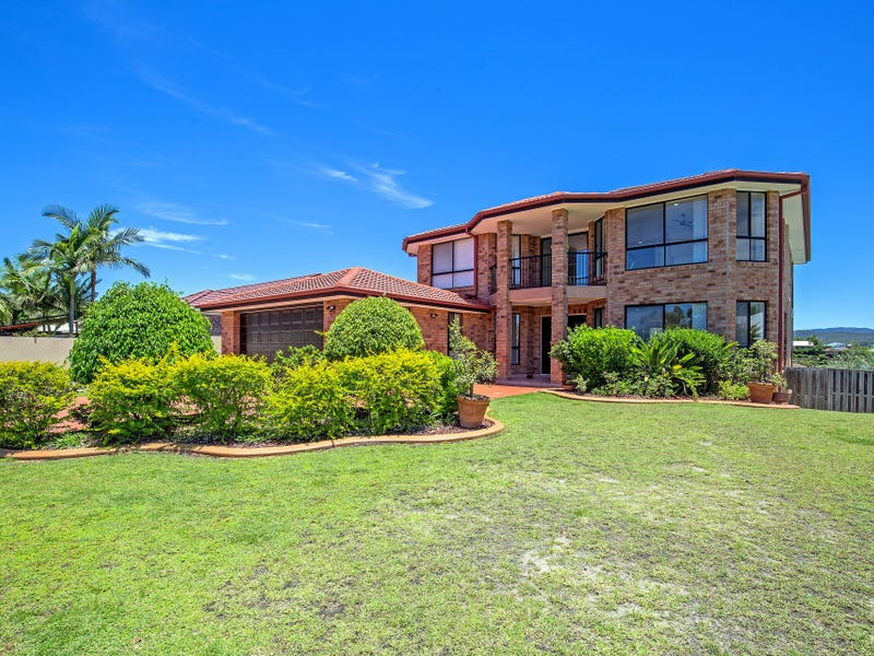 23 Manra Way, Pacific Pines