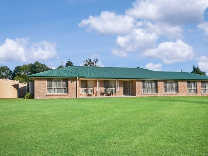 1 Reynolds Close, Duns Creek, NSW 2321