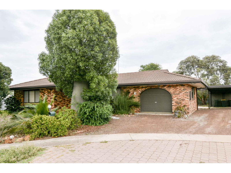 4 Oak  Court, Horsham, Vic 3400