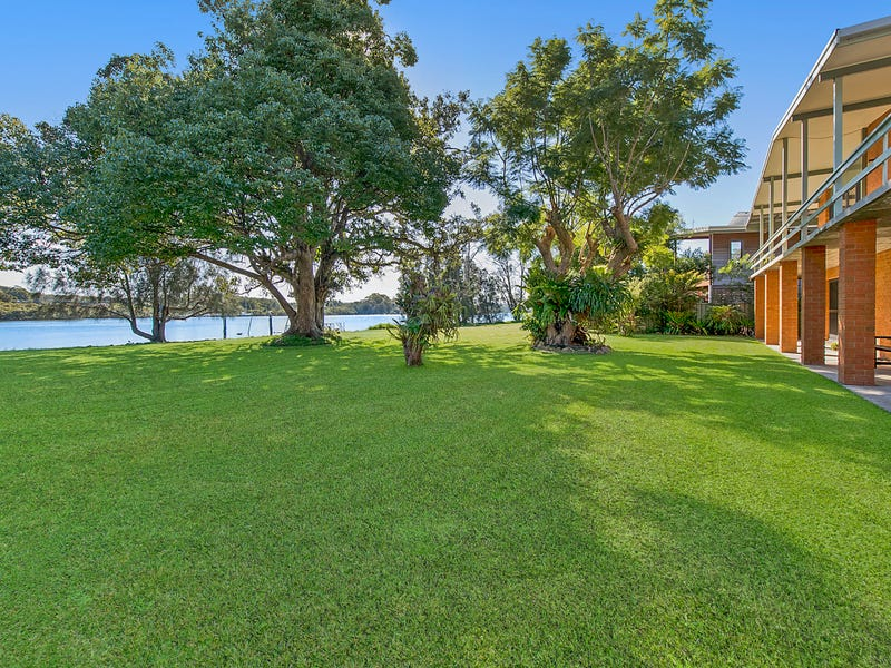 3 Bay Street, Dunbogan, NSW 2443